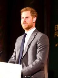 【イタすぎるセレブ達】ヘンリー王子・メーガン妃夫妻、ウェブサイトでフィリップ王配を追悼 王子は故郷に帰国か
