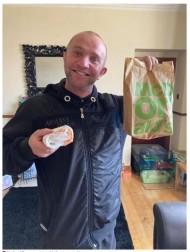 【海外発!Breaking News】ウーバーイーツで注文したマクドナルドのハッピーセット 中身はチーズ1枚とケチャップのみ(スコットランド)