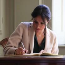【イタすぎるセレブ達】メーガン妃、子供向け絵本でヘンリー王子に関する秘密のメッセージを送っている?