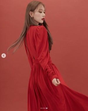【エンタがビタミン♪】宮脇咲良が本格始動 ツインテールやあざといポーズに海外からも反響「なぜそんなに美しいの?」