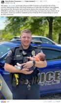 【海外発!Breaking News】窒息寸前の乳児を救った新人警察官、パトカーに戻りひとり感涙(米)<動画あり>