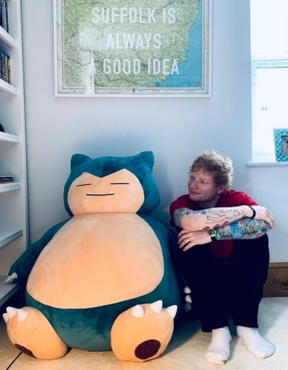 TikTokと大型契約を結んだエド・シーラン(画像は『Ed Sheeran 2021年5月20日付Instagram「Snorlax knows what's up」』のスクリーンショット)