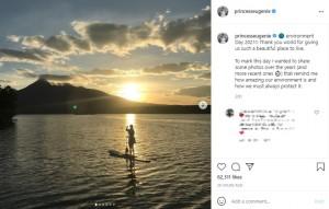 パドルボードを楽しむユージェニー王女(画像は『Princess Eugenie 2021年6月6日付Instagram「environment Day 2021!!」』のスクリーンショット)