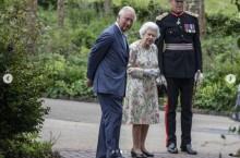 エリザベス女王、G7サミットの歓迎レセプションを主催 ジョークで場を和ませる