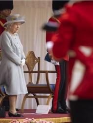 【イタすぎるセレブ達】エリザベス女王、95歳誕生日の祝賀式典が開催される 今年も規模を縮小