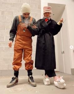 ゼインと恋人で人気モデルのジジ・ハディッド(画像は『Gigi Hadid 2021年1月13日付Instagram「Team No Sleep !」』のスクリーンショット)