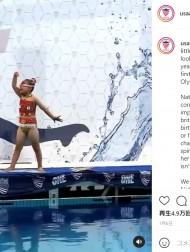【海外発!Breaking News】難病で40回以上も骨折の8歳少女が魅せた渾身のシンクロ演技に涙「陸上ではできないことが水中ではできる!」(米)<動画あり>