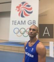 【イタすぎるセレブ達】英ボクサー、表彰台で獲得した銀メダルをポケットへ「銀を祝うつもりはない」