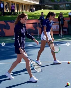 【イタすぎるセレブ達】キャサリン妃のテニスの腕前を絶賛 ダブルスを楽しんだ18歳全米オープン新女王「フォアハンドが素晴らしい」