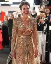 【イタすぎるセレブ達】キャサリン妃、『007』新作プレミアのドレス姿に絶賛の声「ロイヤルウエディング以降、最も素晴らしい」