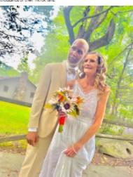 【海外発!Breaking News】61歳と24歳のカップルが結婚で物議「愛が全て」「気持ち悪い」(米)<動画あり>