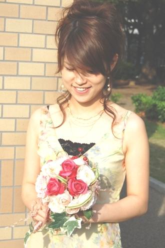 結婚式の主役は参列の女性!(株)モーダ・ジャパンのレンタルパーティドレスで毎回輝こう