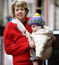 仰天!実録「64歳の母」英国